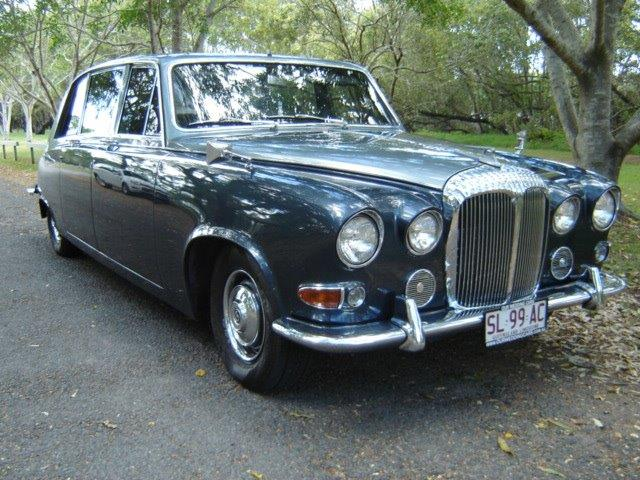 Vintage cDaimler Wedding Limousine Wedding car Hire Brisbane