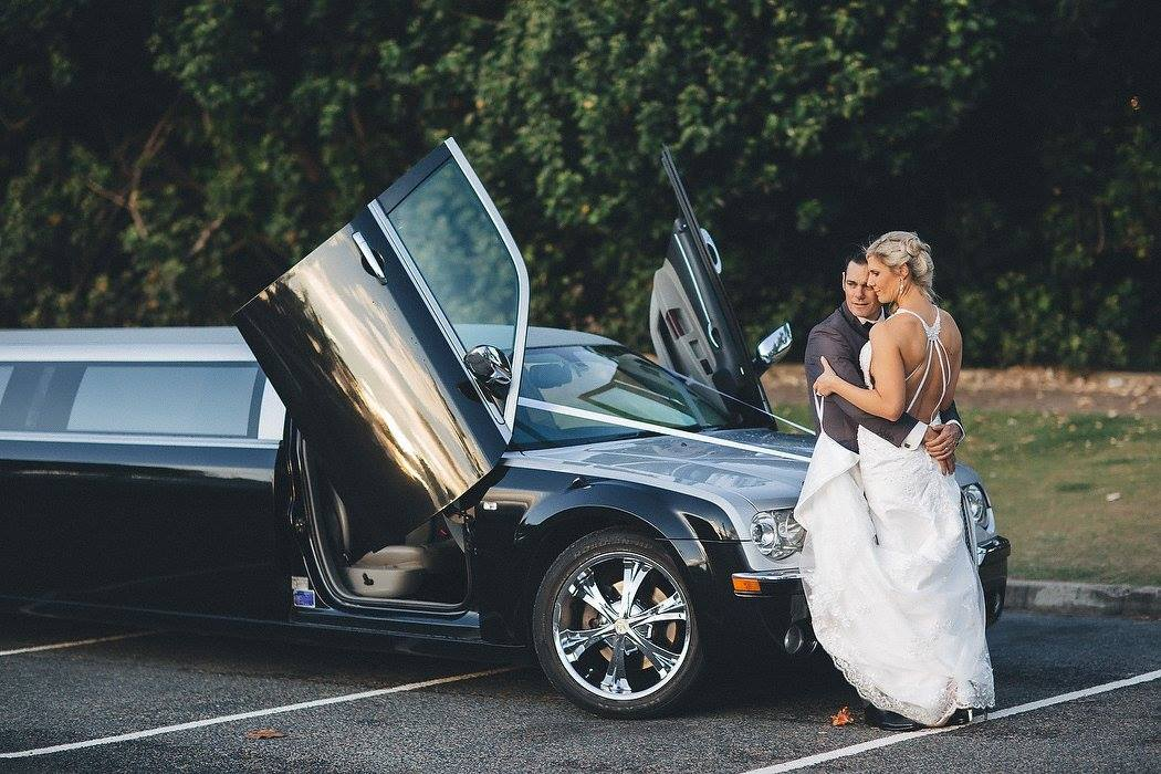 super stretch wedding car 12 seater