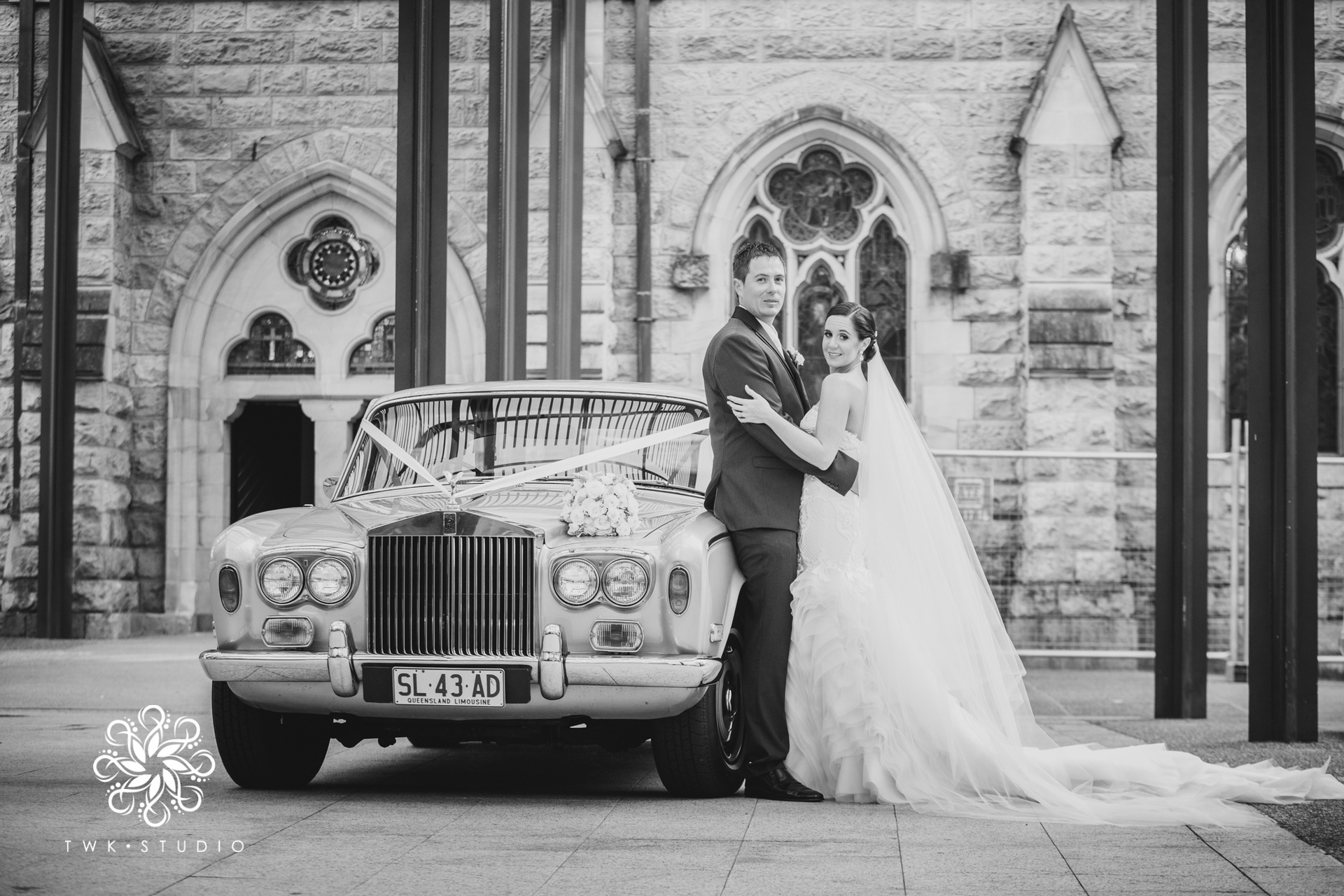 Silver wedding rolls royce car hire